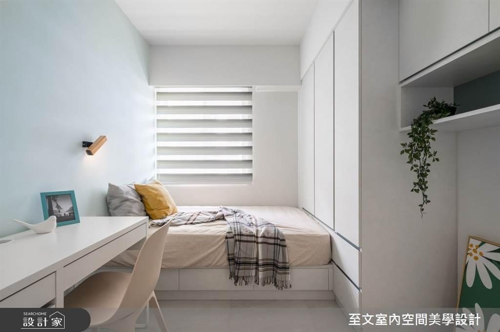 臥室坪數不大該怎麼規劃?15 款小坪數臥室設計,打造有收納又風格的睡眠空環境(圖/至文室內空間美學設計)