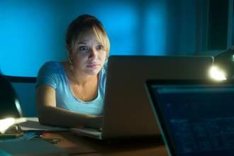 熬夜會胖是真的!研究:這時間點睡覺 瘦體素分泌最旺盛