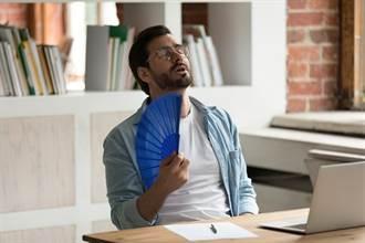 把咖啡當水喝 上班族竟在室內中暑 醫揭2危險習慣