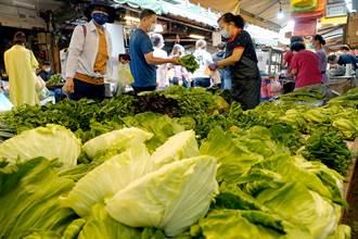 璨樹來襲 民眾赴傳統市場搶購蔬菜