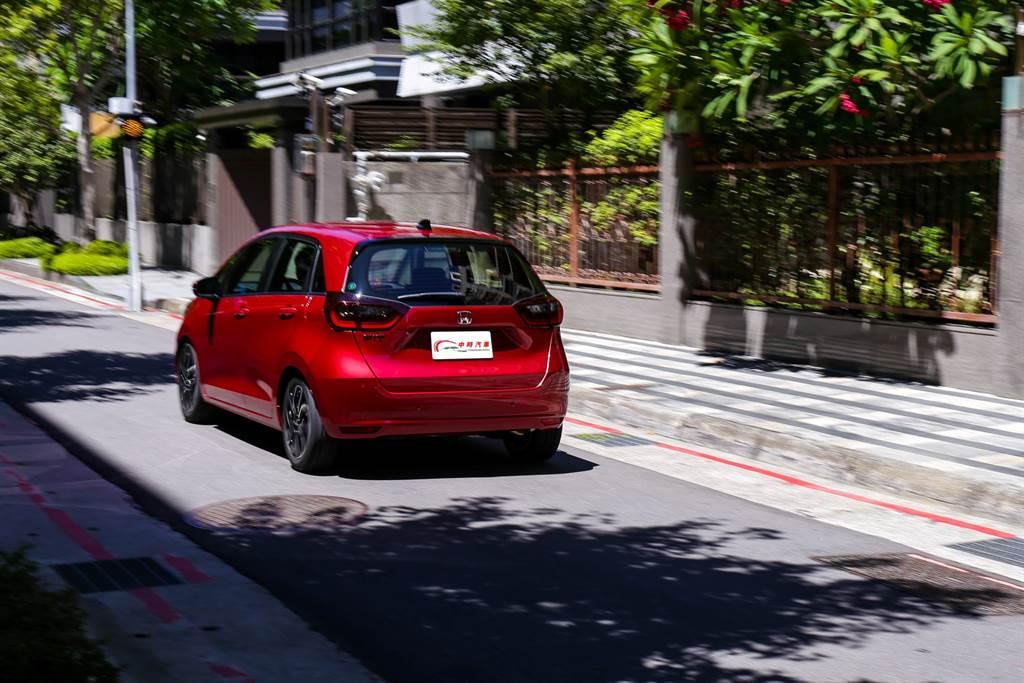 在價格提升後,Fit必須面對的對手不再是國產小車,而是中型車以及進口小車等更廣泛的對手。(圖/陳彥文攝)