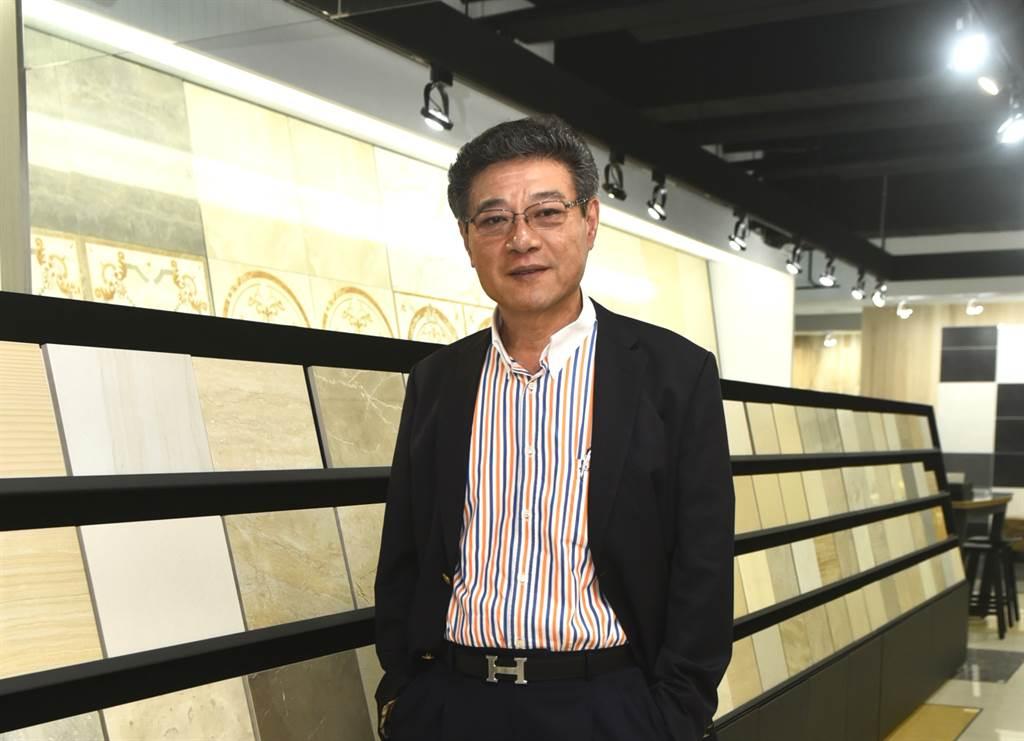 台灣陶瓷公會理事長、冠軍建材董事長林榮德。(圖/陶瓷公會提供)