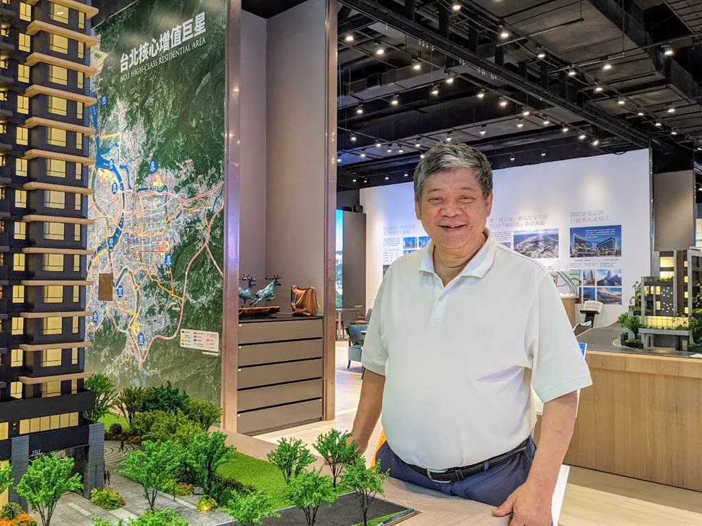 甲山林機構董事長祝文宇表示,為幫助首購族圓夢,推出限量2000戶「2字頭入住北台灣」新建案,預料將掀起市場轟動。(圖/葉思含攝)