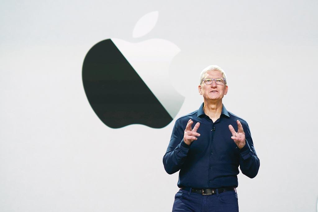 iPhone 13最大容量有1TB可選,但隨平均容量提升,也意味價格恐創史上最貴。圖/美聯社