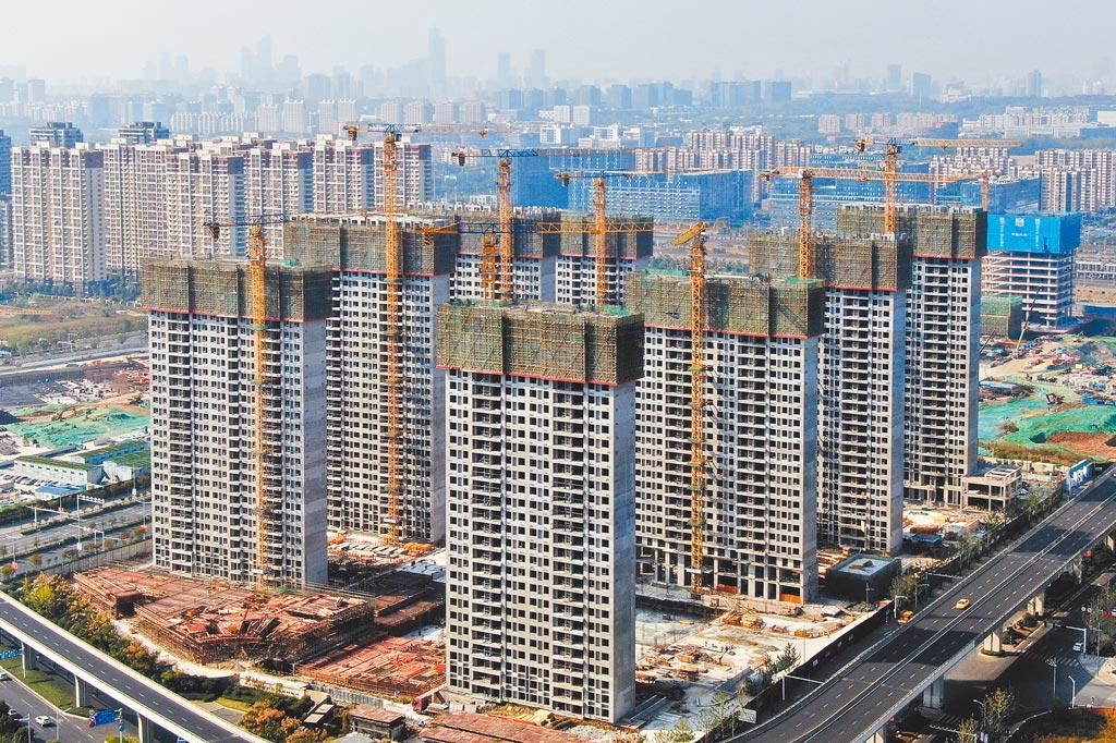 債務風暴擴大 中國恆大否認破產