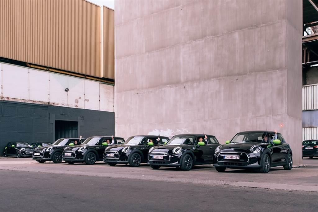 MINI史上最大團購紀錄!一家公司同時擁有640輛MINI(圖/CarStuff)