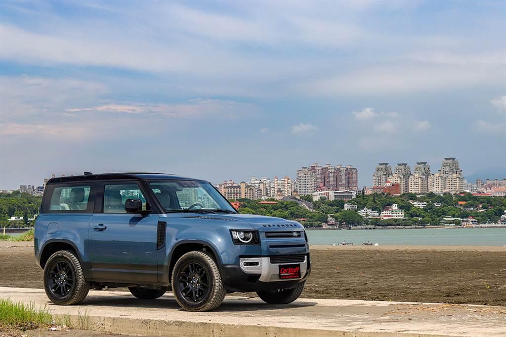 先進精巧且勢不可擋 Land Rover Defender 90 D250S試駕(圖/CarStuff)