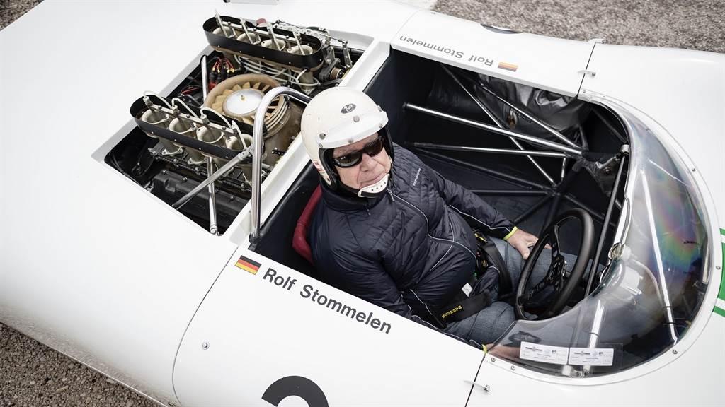 被視作910賽車耐力賽繼任者的907 KH,也將於 Sound Night 上首度亮相,由爬坡賽車手Rudi Lins呈現。(圖/Porsche提供)
