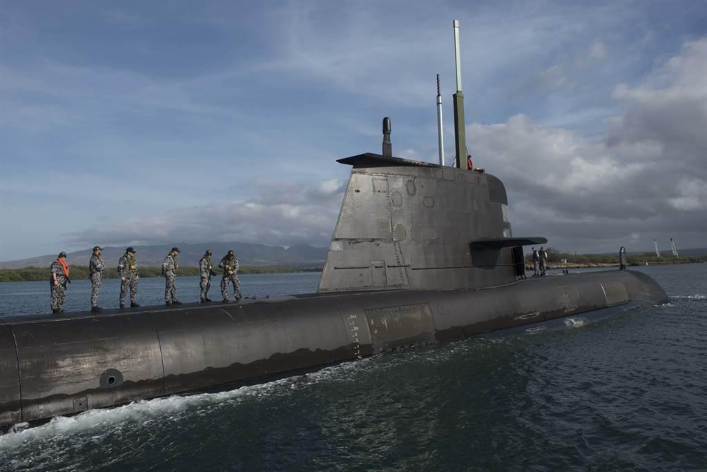 澳洲宣布將為柯林斯級潛艦進行延壽計畫,以做為暫時替代方案。(圖/DVIDS)