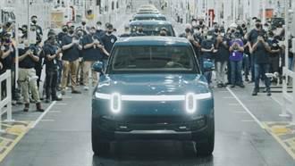 搶先特斯拉和福特一步,Rivian R1T 電動皮卡量產車型即將開賣