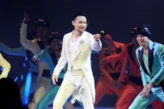 歌神張學友天籟撐港姐決賽 44歲導演大膽批炫技惹眾怒