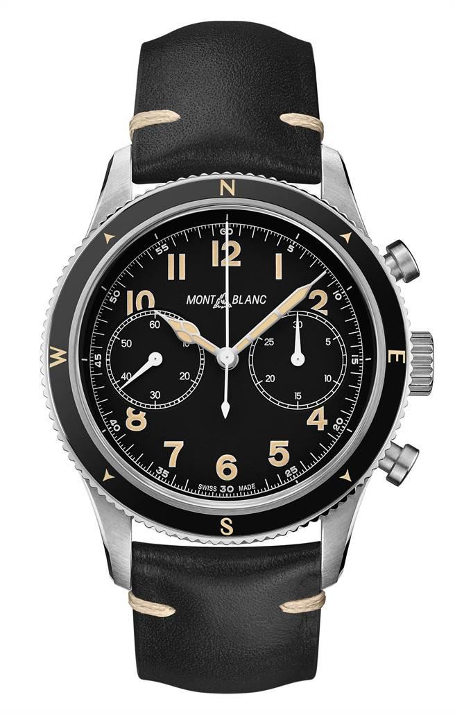 萬寶龍1858系列自動計時腕表UltraBlack限量款1858,15萬500元。(Montblanc提供)