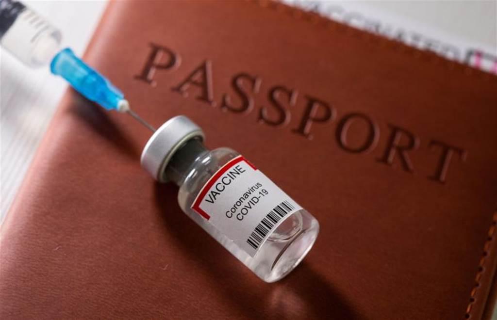 日拍板新冠疫苗第三劑接種政策 受惠族群曝光