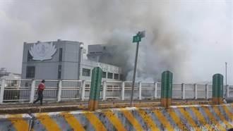 斗六慈濟醫院旁店家冷氣機起火 延燒4店家 緊急疏散醫護