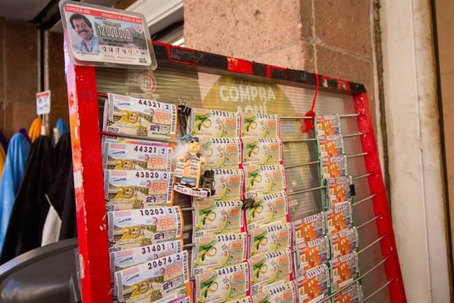 為了刺激買氣,墨西哥樂透獎品竟是當地毒梟被充公的房產。(示意圖/達志影像)