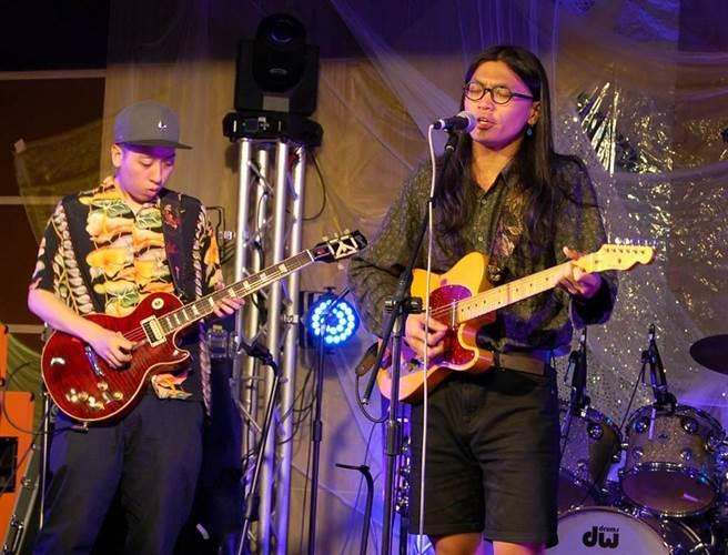 獨立樂團「美秀集團」吉他手修齊(左)被查獲持有大麻油,檢察官複訊後將他請回。(本報資料照片)
