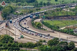 用路人注意!高公局示警:明國道8路段恐塞爆 這時間上路可避開