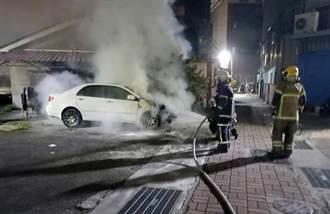 台南市深夜連3起縱火案 男持噴燈當街燒4車
