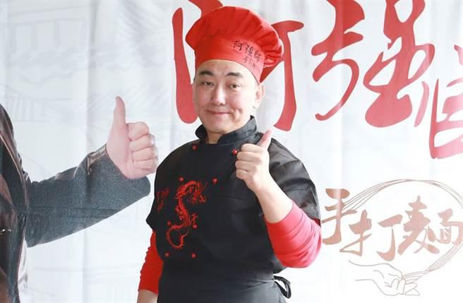 連千毅透露徐亨19日將加入他的直播節目。(圖/本報系資料照)