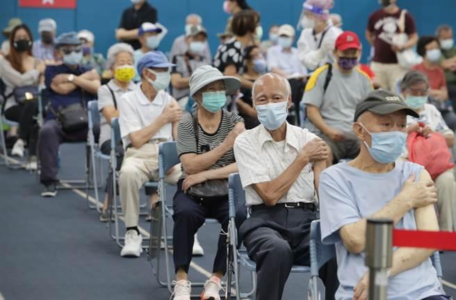 10月同時有5種疫苗開打,為國內首次。(圖/示意圖,記者季志翔攝影)