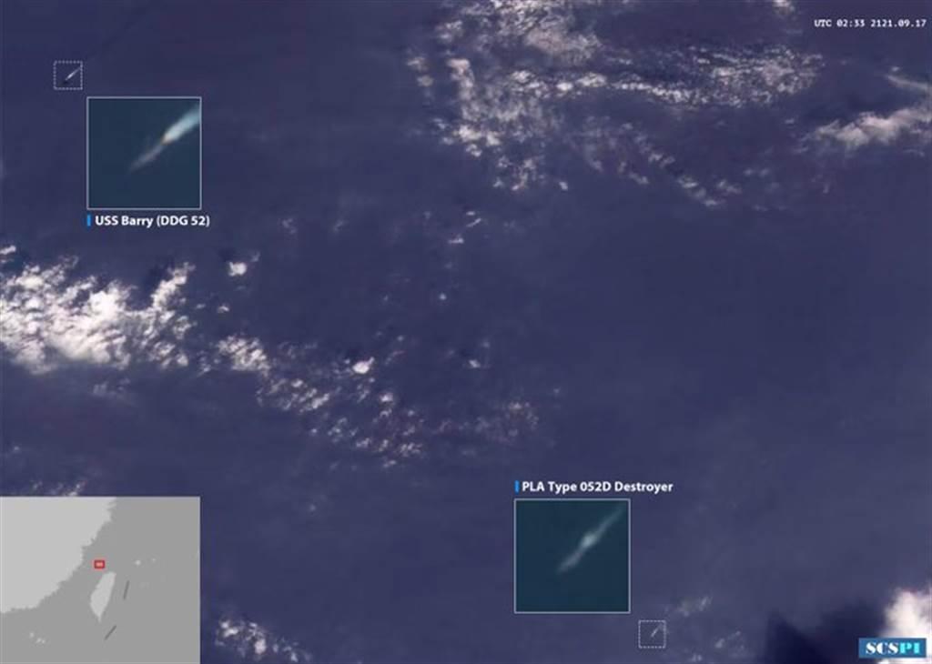 大陸智庫南海戰略態勢感知在社群網站發布消息稱,美艦自北向南穿越台灣海峽期間,Planet衛星影像在其東南方靠近台灣島一側的海域上發現一艘中國海軍052D型驅逐艦,正在跟蹤警戒。衛星照的位置依附圖約在台灣海峽北端入口處。(圖/SCSPI)