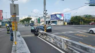 白牌計程車司機酒駕自撞路墩 受重傷還面臨吊銷駕照處分