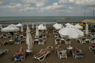 移出紅名單 年底前估20萬英國旅客抵土耳其