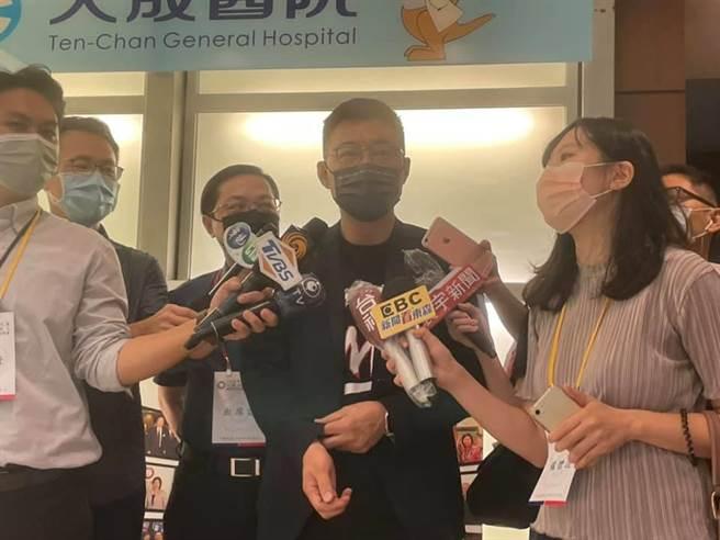 遭資深黨員刊登廣告批評,國民黨現任主席江啟臣說自己不是免洗筷只能用過一次。(呂筱蟬攝)