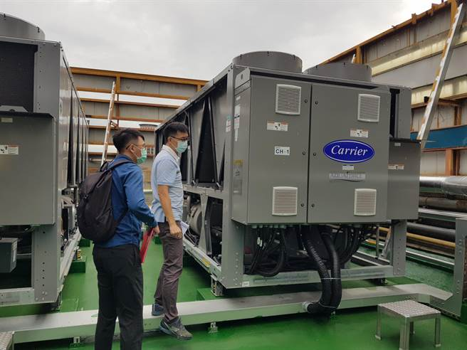 「住商節電補助計畫」補助中山醫學大學汰換冰水主機,透過節電補助措施減少開銷、提升能源使用效率。(台中市府提供/盧金足台中傳真)