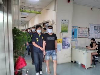 兩派年輕人相約台南觀夕平台輸贏 1男遭10多人圍毆砍傷送醫