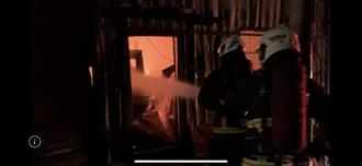 林口工廠中秋夜大火 延燒3廠房 出動14消防員搶救