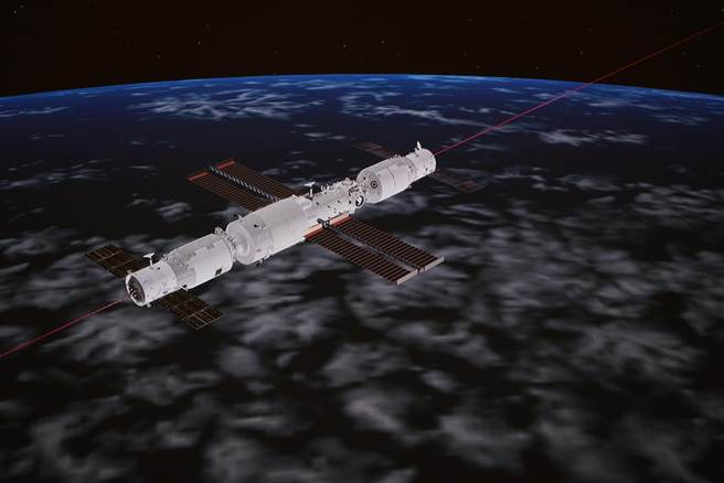 據中國載人航天工程辦公室消息,天舟三號貨運飛船入軌後順利完成入軌狀態設置,於北京時間20日22時08分,採用自主快速交會對接模式成功對接於空間站天和核心艙後向端口,整個過程歷時約6.5小時。(新華社)