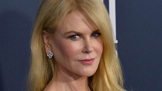 妮可基嫚(Nicole Kidman)日前接受雜誌邀請登上封面,並在其中秀出火辣身材。(圖/達志影像)