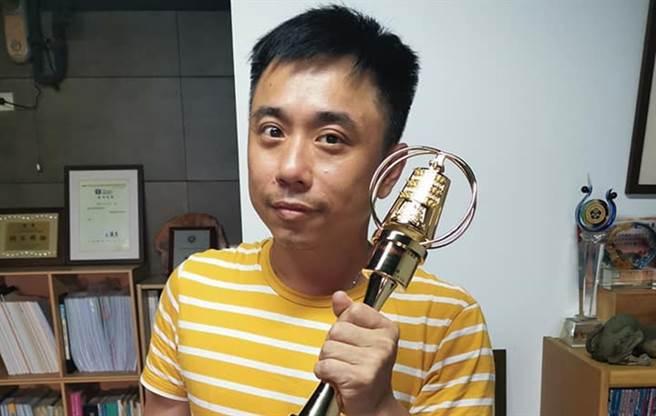 小彬彬將影視娛樂公司經營的可圈可點。(圖/FB@億萬之星-温兆宇-小彬彬)