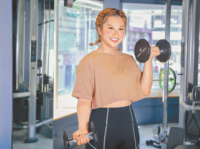 焦凡凡努力運動瘦身,目標是瘦回理想體重48公斤。(粘耿豪攝)