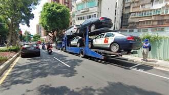 天母重大意外!載4車拖車斜坡下滑 駕駛遭壓命危