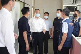 打趴白獅陣 警政署長陳家欽赴竹東分局慰勞員警