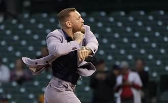 MLB》超尷尬「嘴炮拳王」開球太失控 主播當場笑瘋