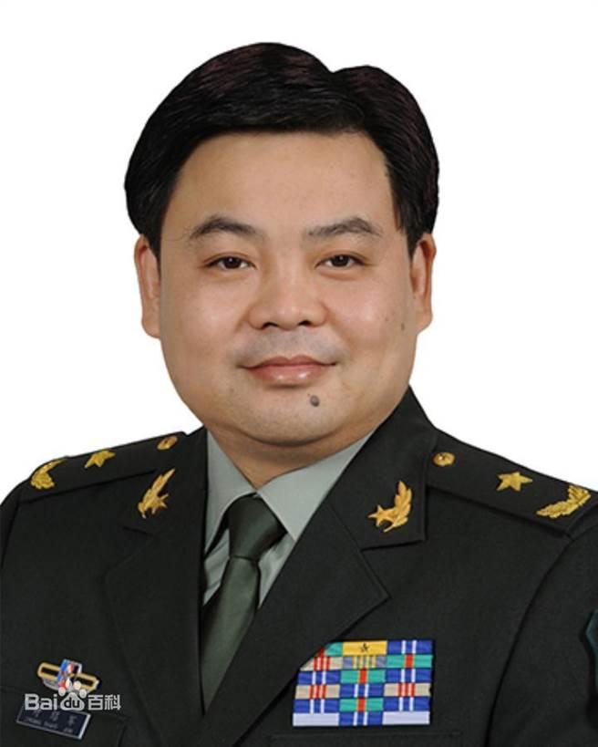 中共中央軍委辦公廳主任鍾紹軍。(截自百度百科)