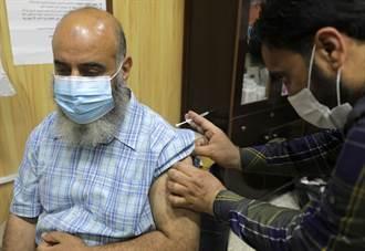 伊德利布疫情大爆發 救援組織「白盔」疲於後送病患和埋屍