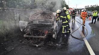 國3大溪路段火燒車 迅速撲滅無人傷亡