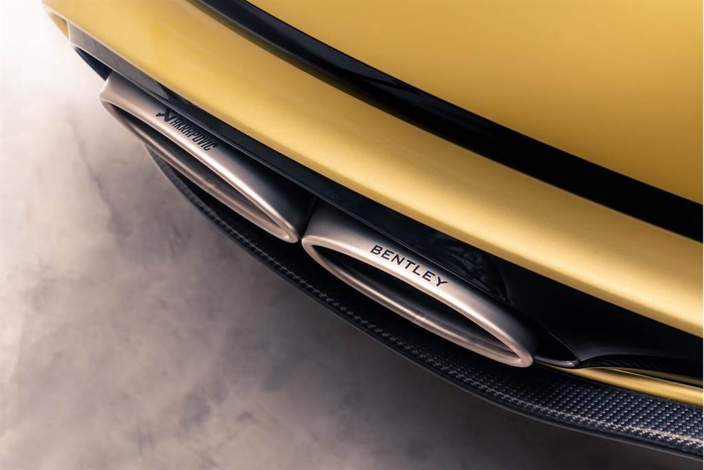 Bentley推出Continental GT Speed專用的Akrapovič鈦合金排氣管(圖/CarStuff)