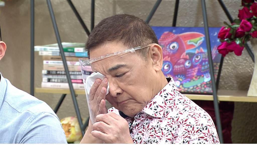 林姿佑爆料,自己曾隱瞞老公典當12萬元金飾,小亮哥當場落淚。(年代提供)