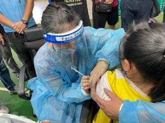金門學生開打BNT 首日2校500人接種未傳不適反應