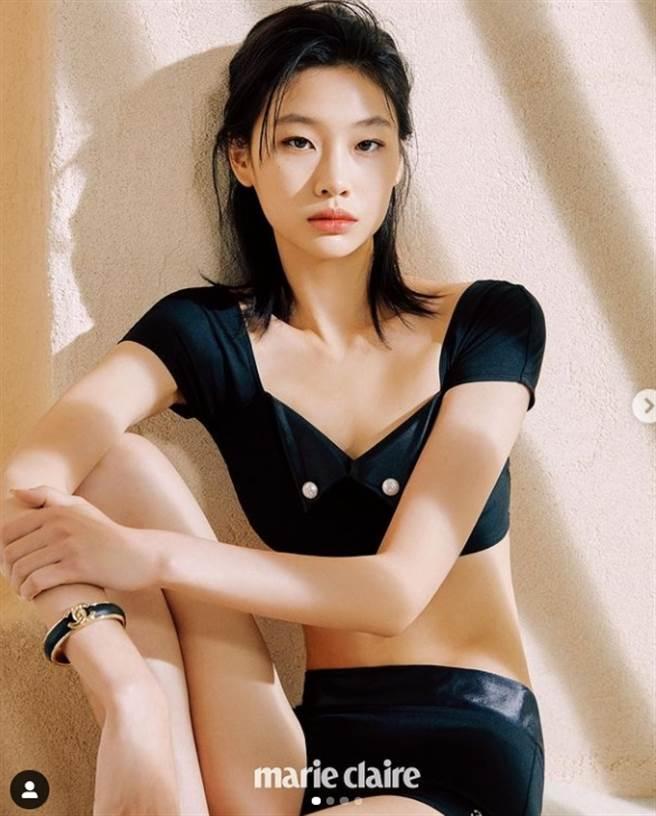 鄭浩妍在劇中表現亮眼,現實中是一名超模。(圖/翻攝自鄭浩妍IG)