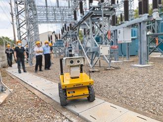 國產戶外巡檢機器人 電力好幫手