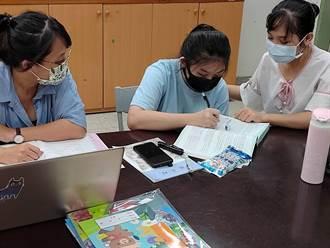 跨國銜轉學生「看嘸」中文偷哭 教師節前夕謝師陪搭公車認路