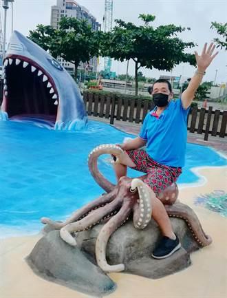 大鯊魚、海龜栩栩如生 梧棲頂寮廣場再添新意象