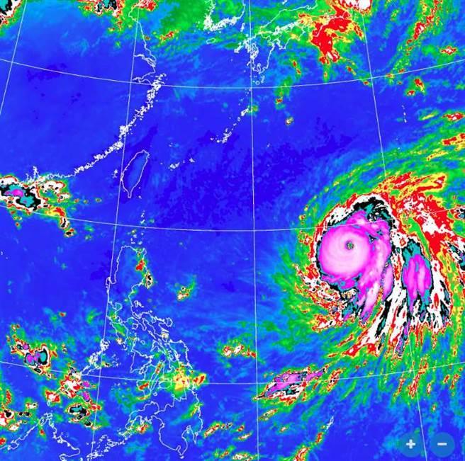 中颱蒲公英颱風眼開了,強度持續增強,預計今天轉強颱。(翻攝自氣象局)