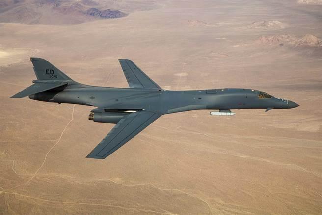B-1B槍騎兵轟炸機。(圖/美國空軍)